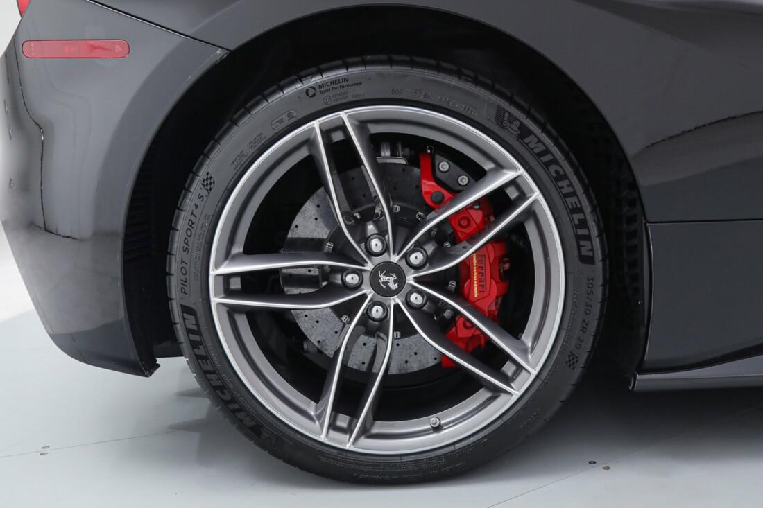 2018 Ferrari 488 Spider image _6167d6618fce48.96635121.jpg