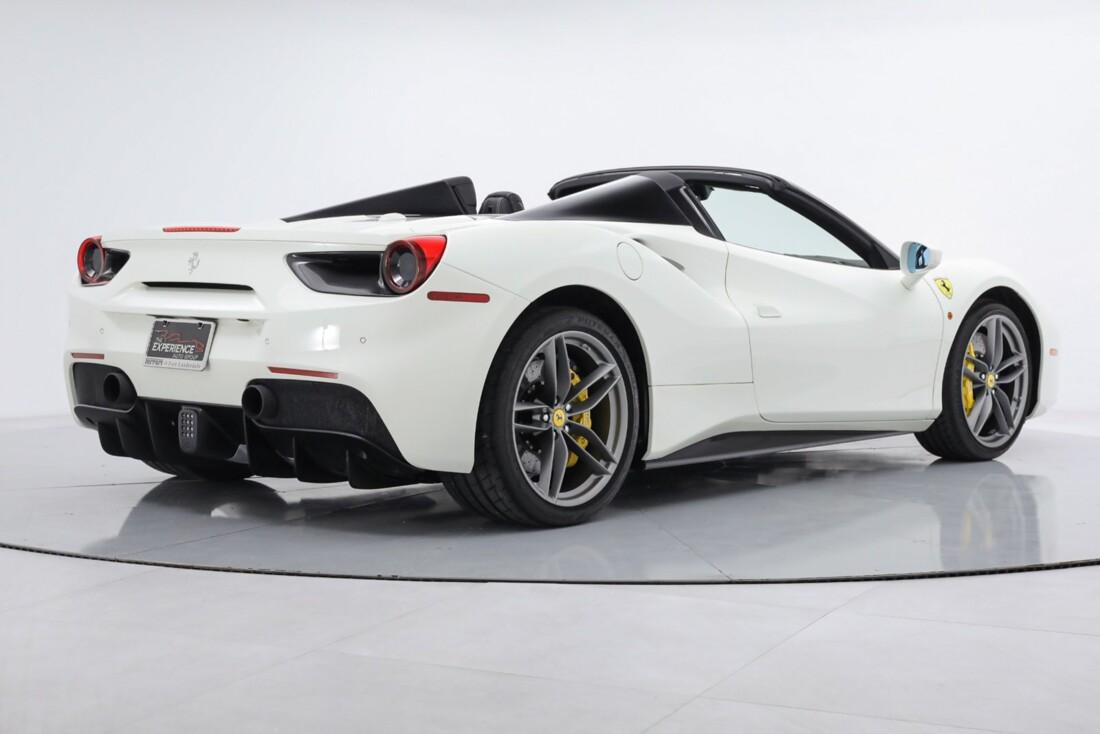 2019 Ferrari 488 Spider image _6167d664b76390.99509504.jpg