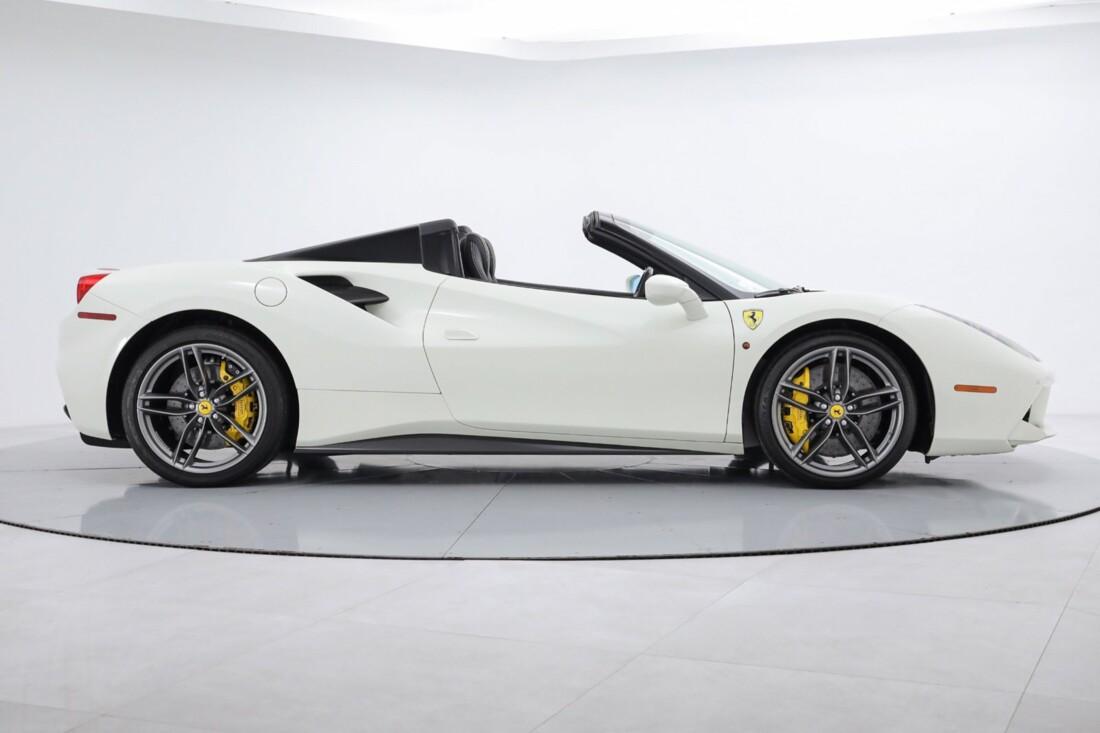 2019 Ferrari 488 Spider image _6167d677b40690.82268584.jpg