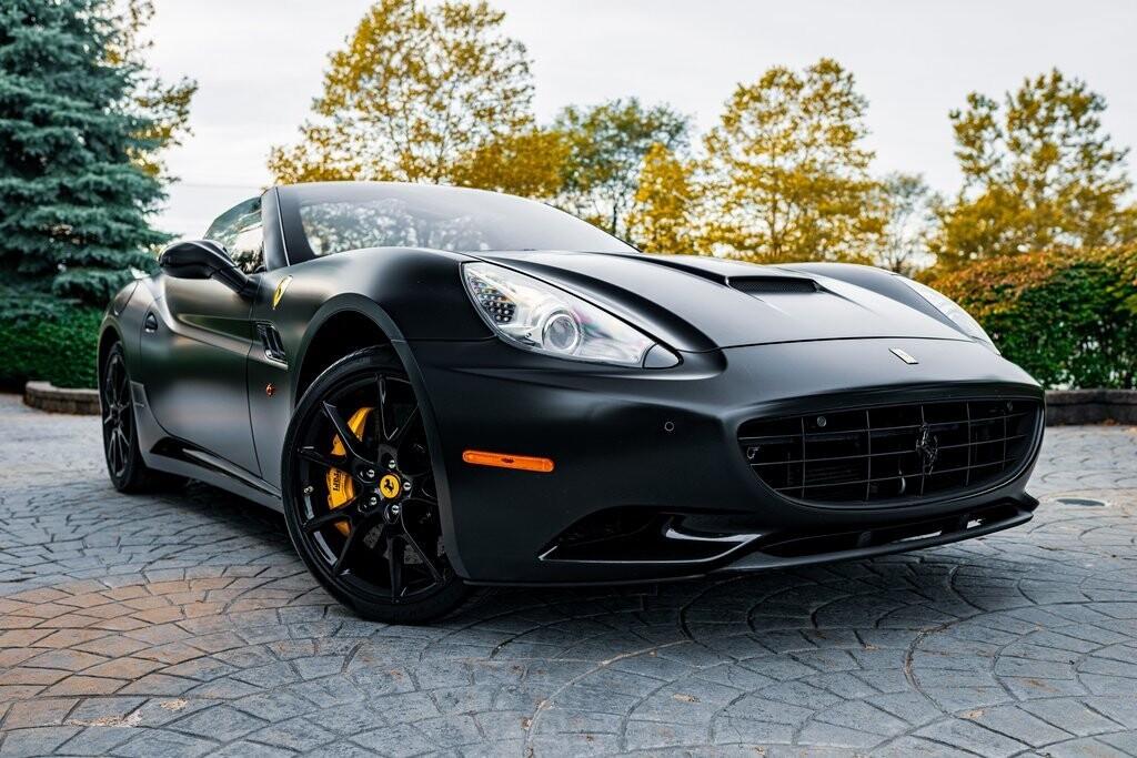 2014 Ferrari  California image _6167d6be6b6a67.18312792.jpg