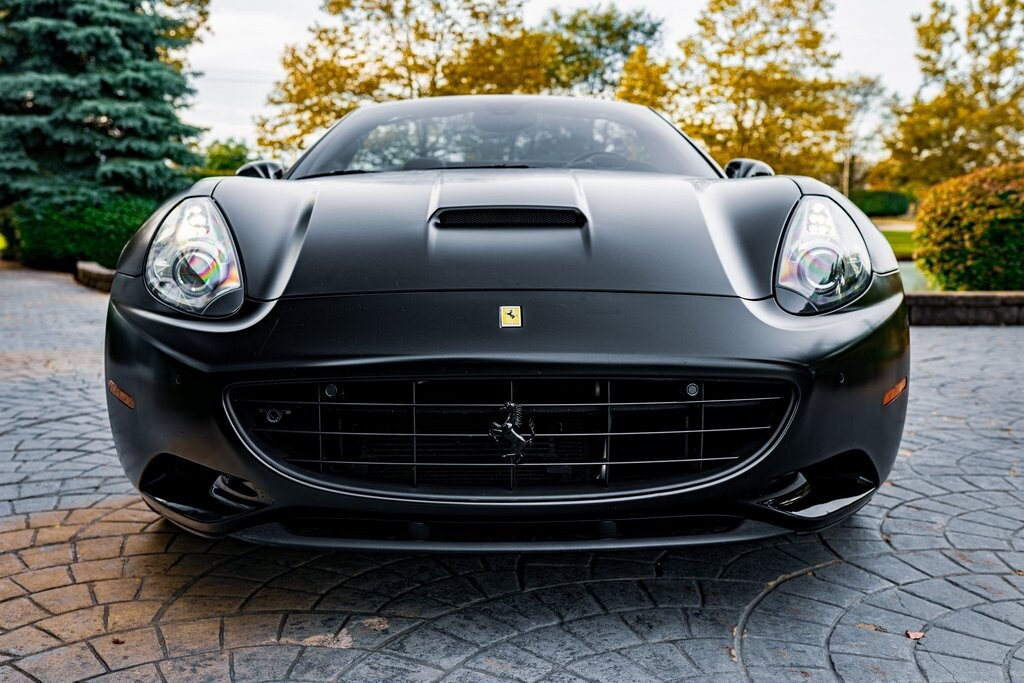 2014 Ferrari  California image _6167d6bf54dab8.33548981.jpg