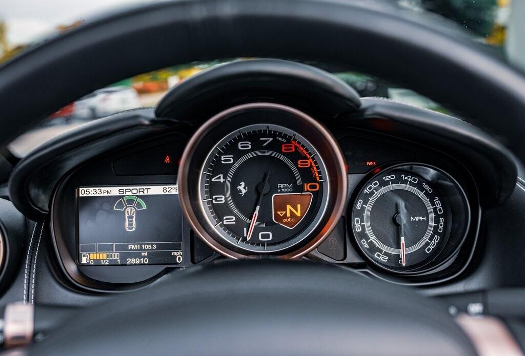 2014 Ferrari  California image _6167d6c2cf5091.53915253.jpg