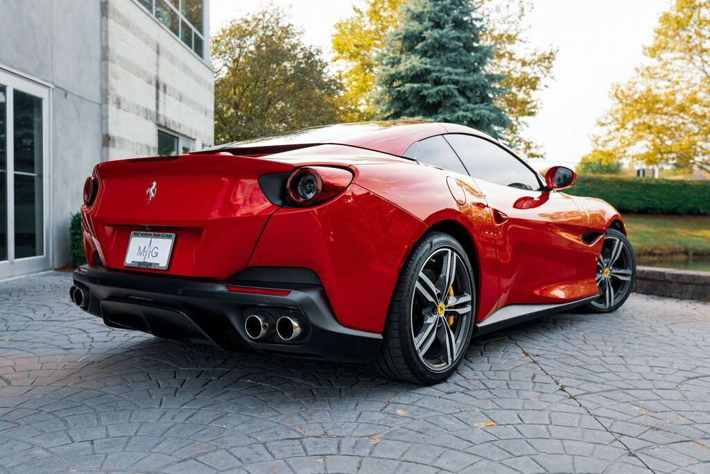 2019 Ferrari  Portofino image _6167d6ca26e759.68738181.jpg