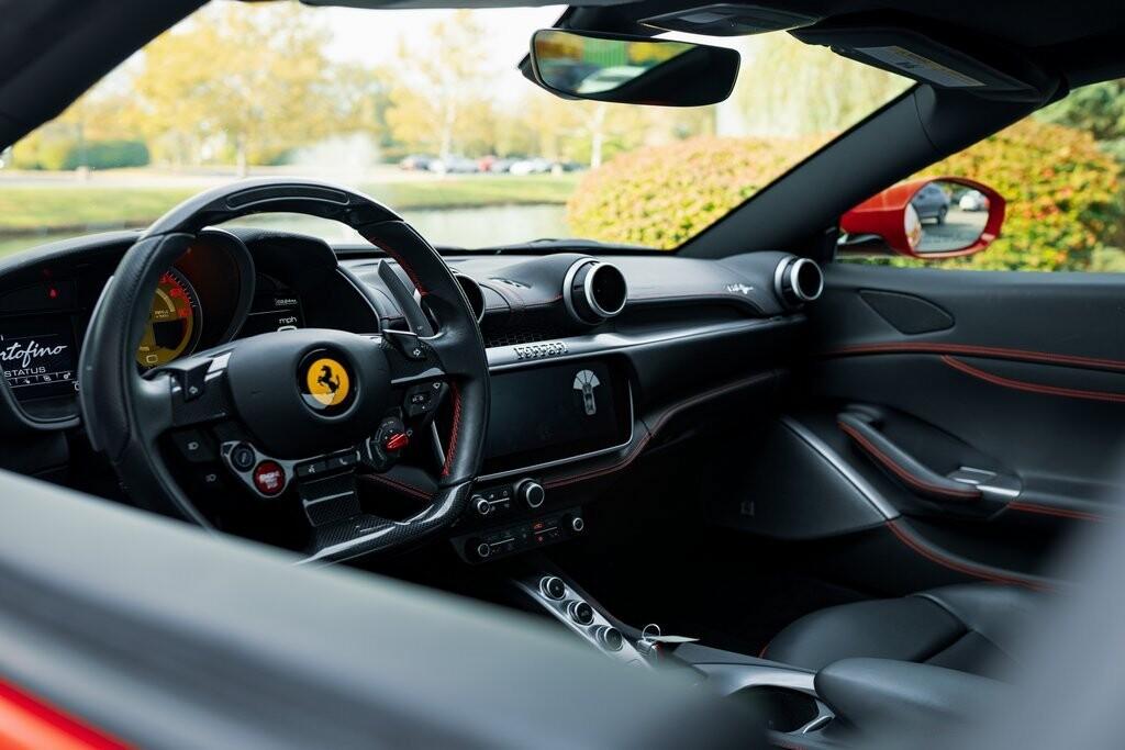 2019 Ferrari  Portofino image _6167d6cc278b27.07528136.jpg