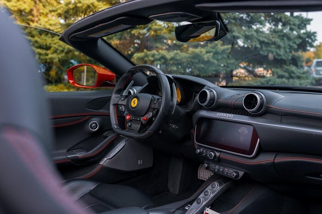 2019 Ferrari  Portofino image _6167d6ccb26466.88546733.jpg