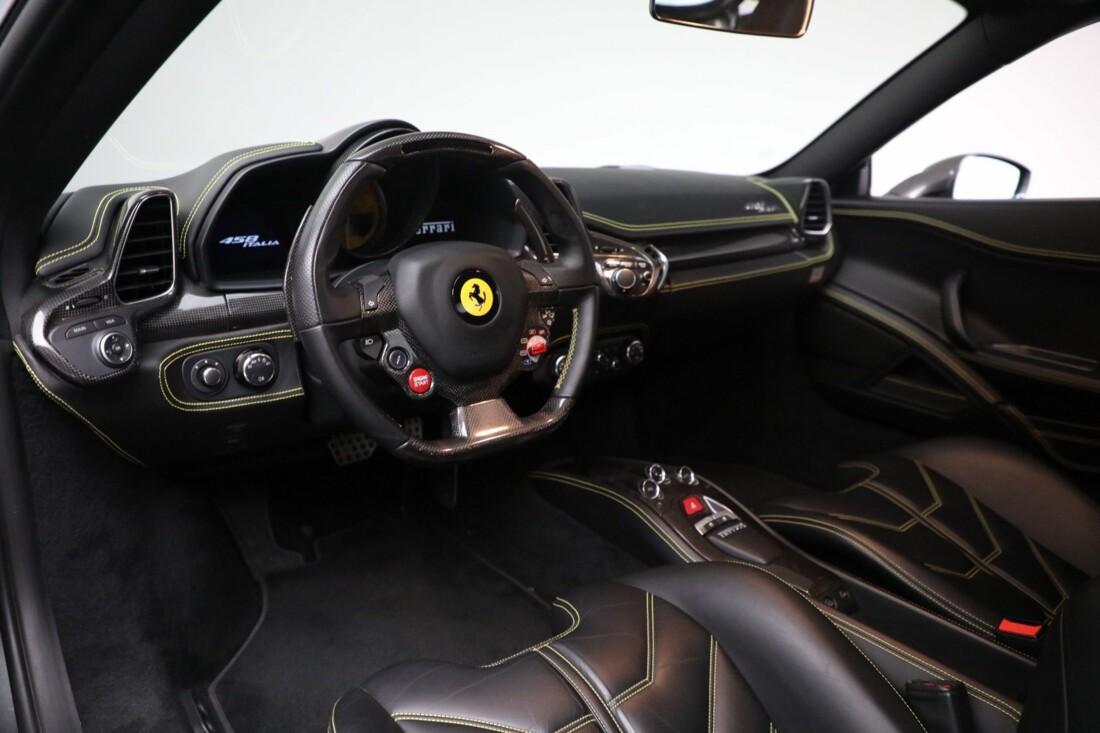 2011 Ferrari  458 Italia image _6167d6dd2a92a2.23137619.jpg