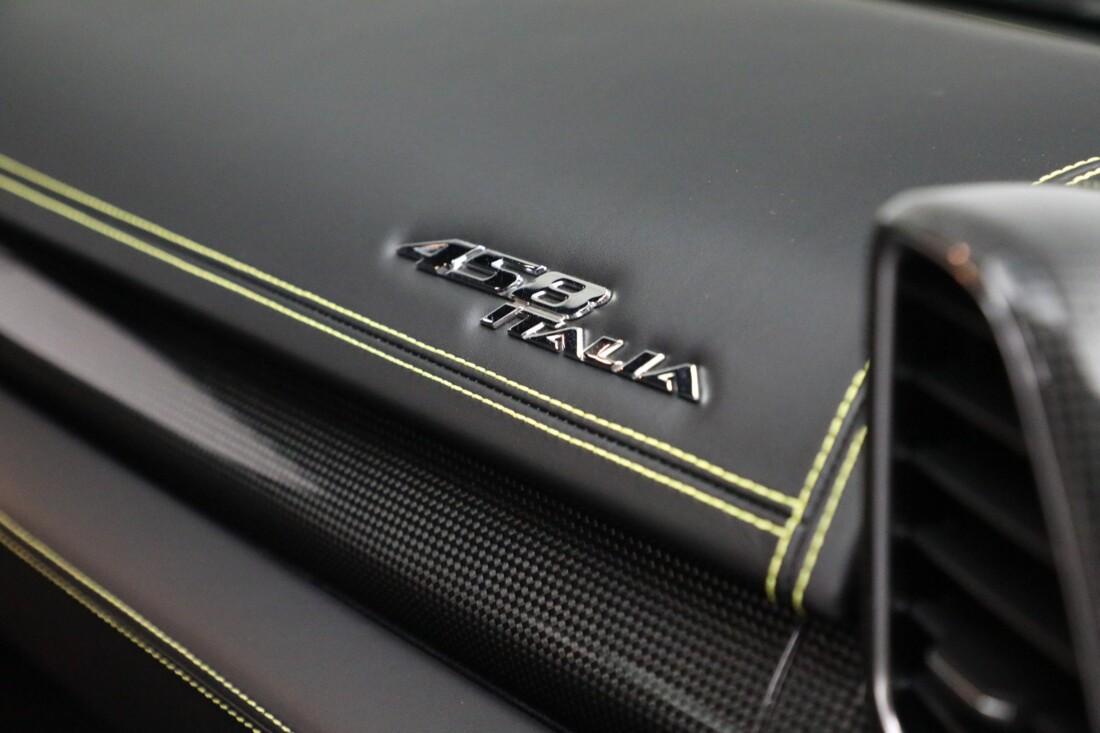 2011 Ferrari  458 Italia image _6167d6e6598f07.04042764.jpg