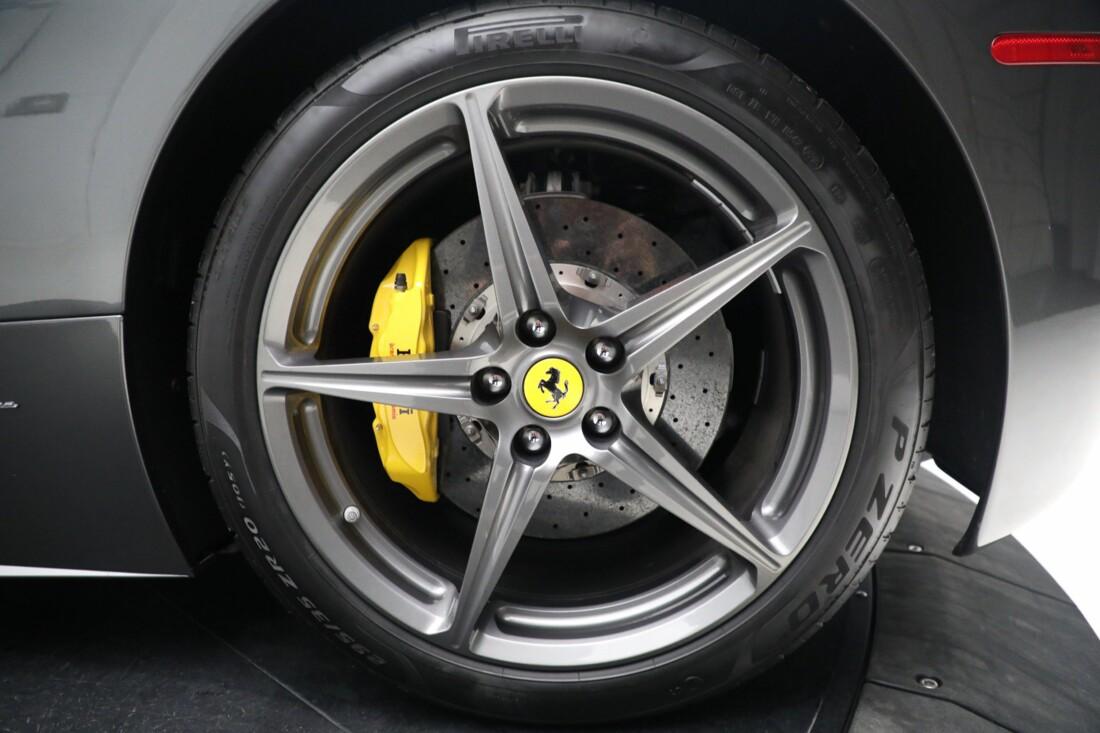 2011 Ferrari  458 Italia image _6167d6e74455a1.76921783.jpg