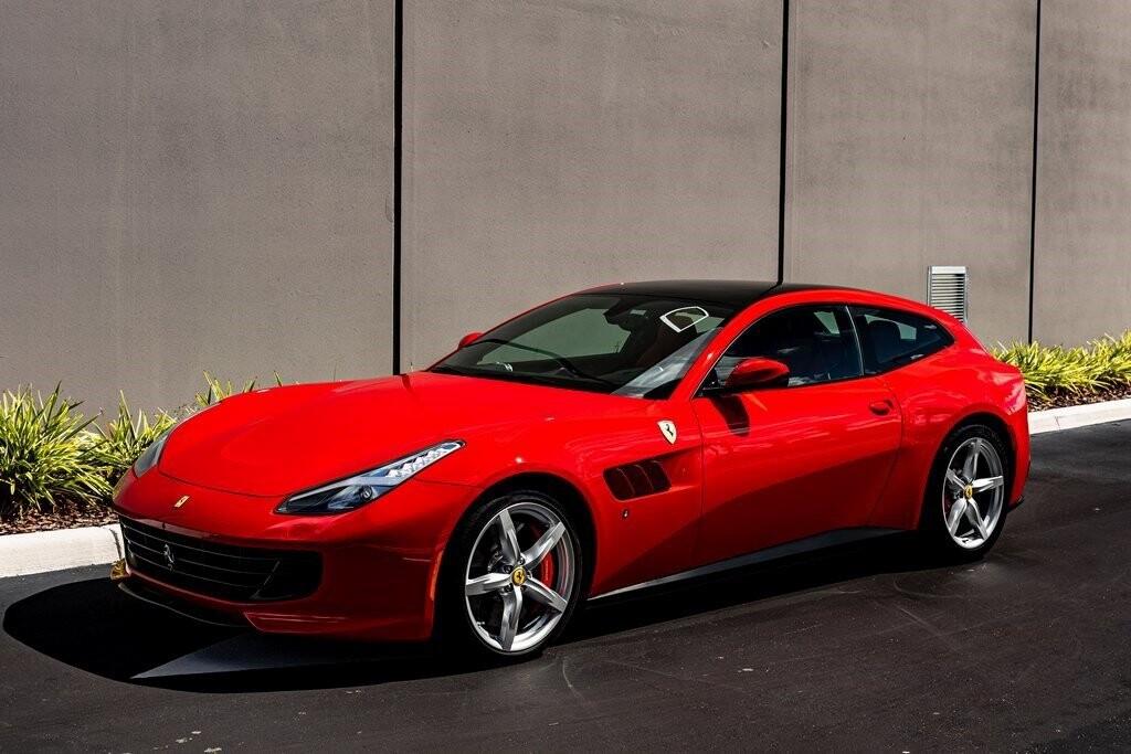2019 Ferrari GTC4Lusso image _616bcad739d554.98733479.jpg