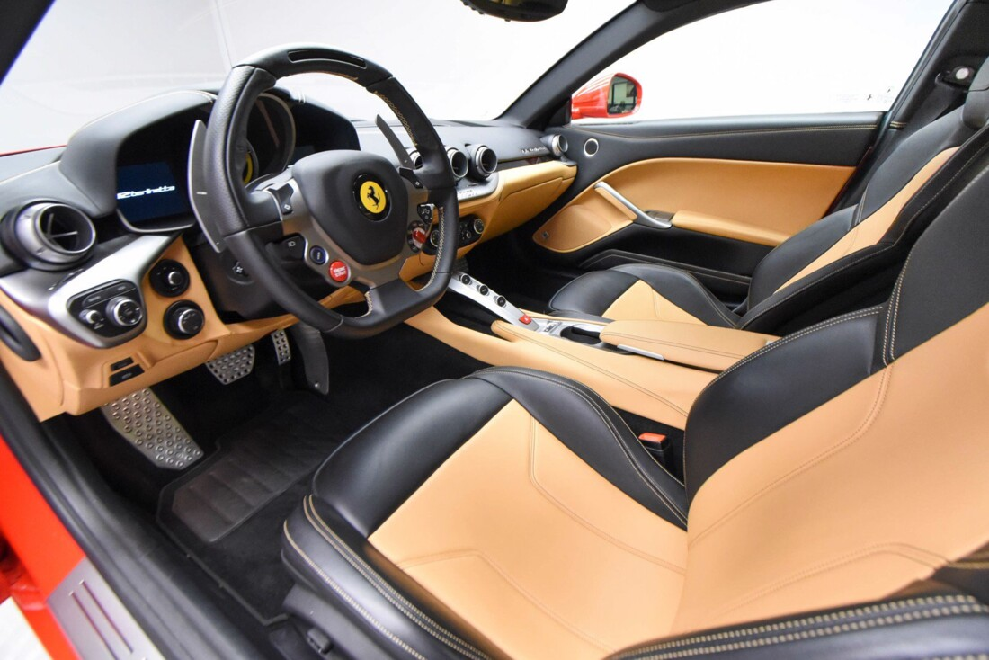 2015 Ferrari F12berlinetta image _616fbf4a636353.74533562.jpg