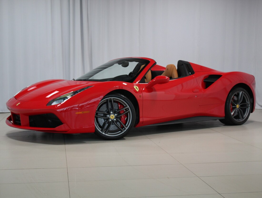 2019 Ferrari 488 Spider image _6173b445ea9046.56162117.jpg
