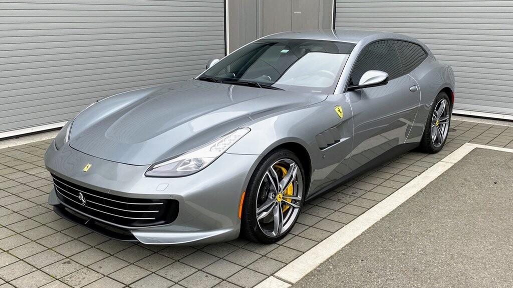 2018 Ferrari GTC4Lusso image _617504d1b5e2e3.28118239.jpg