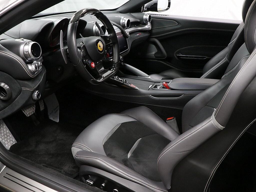 2019 Ferrari GTC4Lusso image _617655fec46605.73469504.jpg