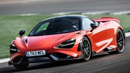2021 McLaren 765LT front dynamic tight